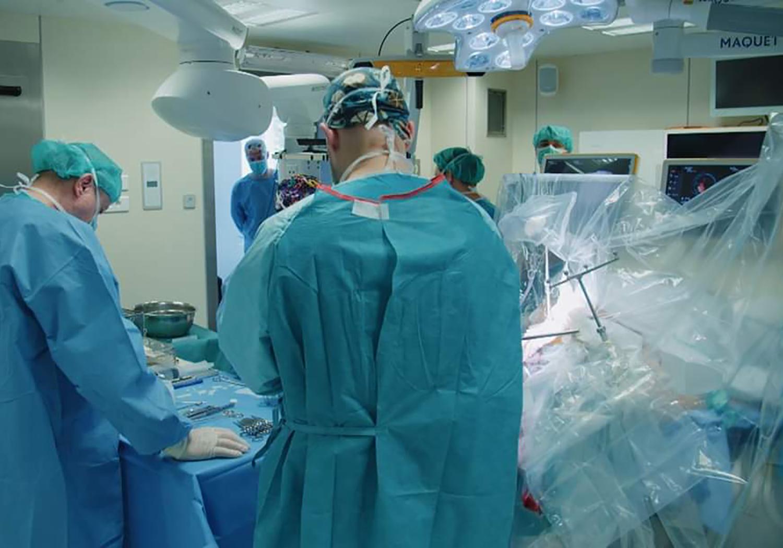 the-neurosurgeon_neurochirurg
